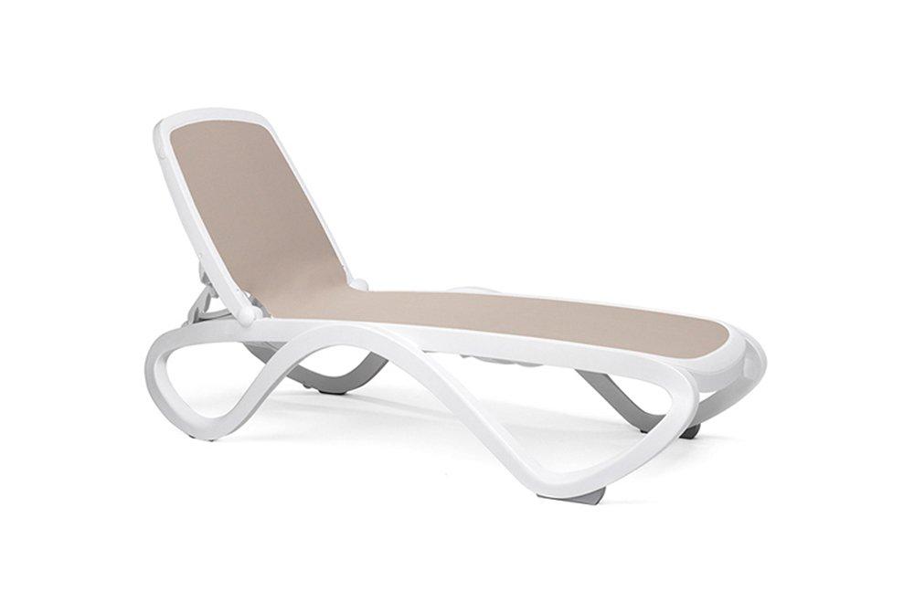 Omega sun lounger white frame €165